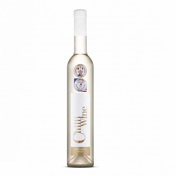 Polsladko belo čili vino